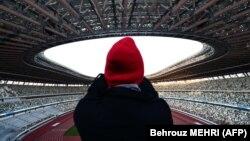 Национальный стадион в Токио был достроен в конце 2019 года специально для Олимпийских игр. Токио, 15 декабря 2019 года.