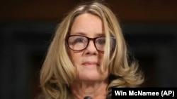 Gjyqtarja Ford gjatë dëshmisë para Senatit për sulm seksual nga Kavanaugh