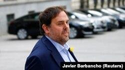 Усунений із посади віце-президента влади Каталонії Оріол Жункерас прибуває до Національного суду в Мадриді, 2 листопада 2017 року