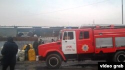"""Өрттен кейінгі """"Алатау"""" базары. Алматы, 12 желтоқсан 2013 жыл."""