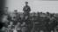 1917 Александр Керенский выступает перед солдатами накануне июньского наступления 1917 года