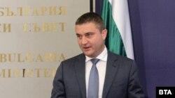 Владислав Горанов твърди, че не помни да е водил СМС-комуникацията, публикувана от Васил Божков миналата седмица