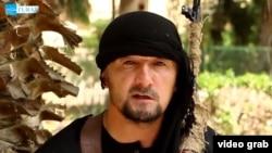 Мужчина, представившийся полковником Гульмуродом Халимовым. Кадр из видеообращения.
