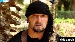 Согушкерлердин катарына кошулган мурдагы тажик полковниги Гүлмурод Халимов.