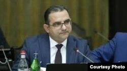 И. о. министра экономического развития и инвестиций Тигран Хачатрян (архив)