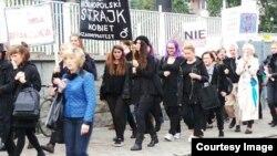 Пратэсты 3 кастрычніка супраць закону аб абортах у Варшаве, фота Gazeta Wyborcza