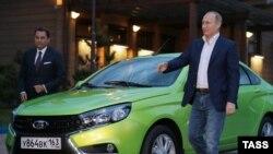 Владимир Путин гордится российским автопромом