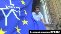 Станислав Дмитриевский пытается спасти памятник нижегородского деревянного зодчества