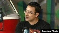 «İşdən sonra» verilişinin qonağı yazıçı Əli Əkbər Foto: Kultaz.com