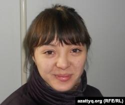 Әзиза Әділова - С.Бәйішев атындағы Ақтөбе университетінің 1-курс студенті. Ақтөбе, 7 желтоқсан 2011 жыл.