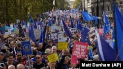 Demonstranți, la Londra, care solicită un nou referendum