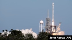 Falcon-9 зымыранының ұшырылған сәті. Қазан, 2017 жыл.