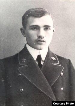 Максім Гарэцкі – вучань каморніцка-агранамічнай вучэльні ў Горках. 1913 год
