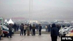 Gürcüstanda maşın bazarı