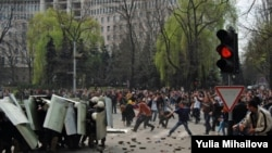 Moldovada gənclərin mitinqi, 7 aprel 2009.