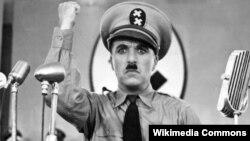 چارلی چاپلین در فیلم دیکتاتور بزرگ