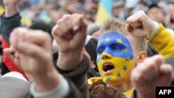 Євромайдан у Львові, 1 грудня 2013 року
