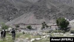 Афганістан та Пакистан розділяє близько 2500 кілометрів спільного кордону, відомого також як лінія Дюрана