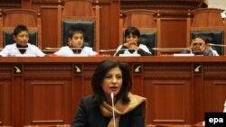 Спикерката на албанскиот Парламент Џозефина Топали