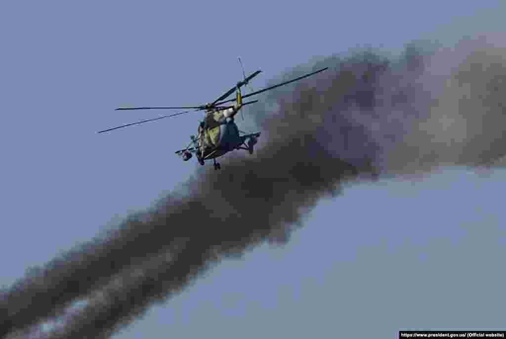 Участь у навчанні взяли й вертольоти Сухопутних військ, бойові літаки Повітряних сил ЗСУ, а також Королівських повітряних сил ЗС Великої Британії