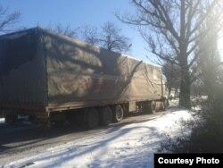 Фото автора. Караван з фур на трасі Донецьк–Луганськ