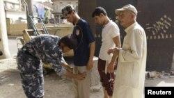 تفتيش دقيق في منطقة البنك المركزي العراقي