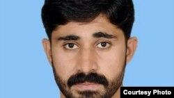 کامران خان د شمالي وزیرستان د دته خیل تحصیل د کږه مداخیل نذرخیل اوسېدونکی د فاټا پارلماني غړی دی.