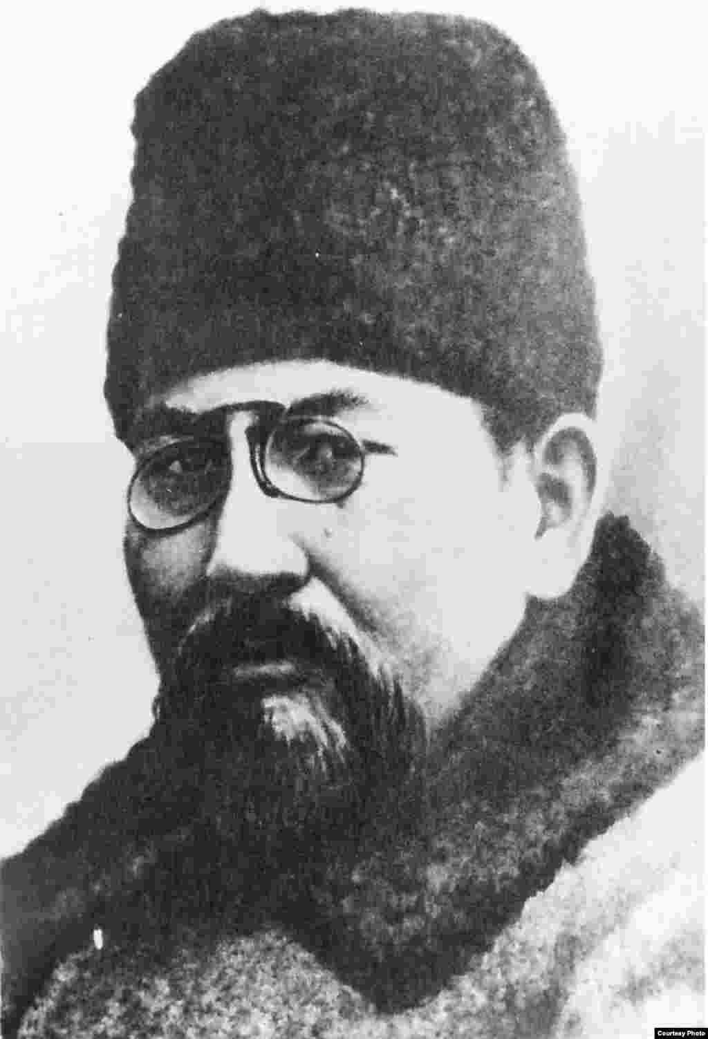 """Ахмет Байтұрсынұлы, """"Қазақ"""" газетінің үш құрылтайшысының бірі, әрі 1913-1917 жылдардағы бас редакторы."""