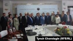 1916 жылғы көтеріліс жайлы жиынға келген ғалымдар. Астана, 23 маусым 2016 жыл.