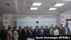 """Астанада өткөн """"Тарыхтан – таалим"""" эл аралык жыйыны Борбор Азиядагы 1916-жылкы улуттук боштондук көтөрүлүштүн 100 жылдыгына арналды. 23.6.16."""