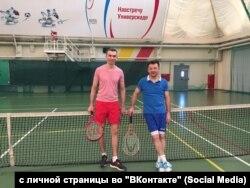 Рустэм Агнуллин (справа)