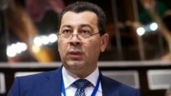 Səməd Seyidov: 'Bunu siz müəyyən edirsiz ki, nəyin demokratiyaya dəxli var, ya yox?'