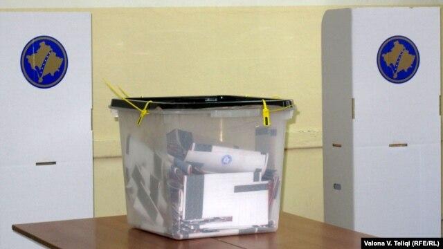 Glasačka kutija na jednim od izbora na Kosovu