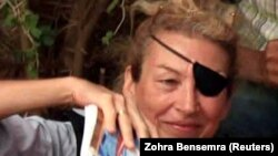 Мэри Колвин в Ливии в районе города Мисурата, 4 июня 2011 года.