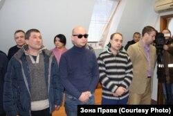 """Сотрудники отдела полиции """"Юдино"""" на заседании суда"""