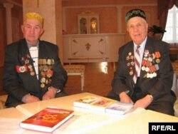 Шиһабетдин Садыйков (у) һәм Зиннур Дәүләткиров