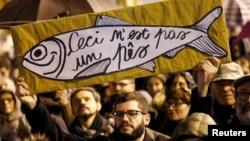 Учасники мітингу «сардин» в місті Реджо-Емілія на півночі Італії