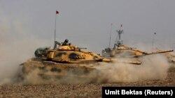 Թուրքական տանկերը՝ Իրաքի հետ սահմանին, արխիվ