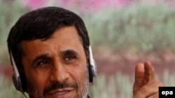 محمود احمدی نژاد در اجلاس کمسک