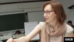Азра Јунузовиќ, заменик-шефица на одделот за толеранција и недискриминација во ОБСЕ/ОДИХР.