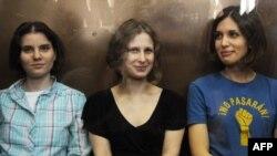 Осужденные участницы Pussy Riot
