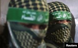 ابو عبیده سخنگوی گردانهای عزالدین قسام، بازوی نظامی حماس، اسرائیل را به نقض آتش بسی که بعد از جنگ هشت روزه سال ۲۰۱۲ بسته شده بود، متهم کرده است.