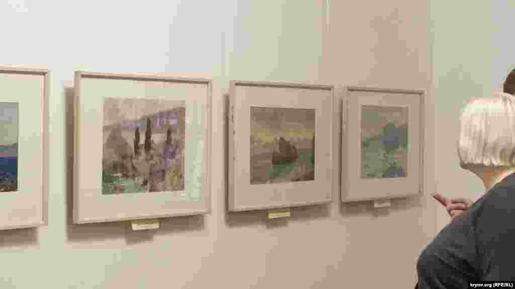 Художник часто приїжджав до Феодосії, в Крим. На виставці представлено понад 20 етюдів 50-х років із зображенням кримських і дніпровських краєвидів