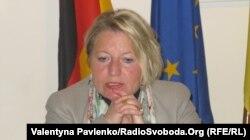 Державний міністр у Федеральному міністерстві закордонних справ Німеччини Корнелія Піпер, Київ, 11 листопада 2011 року