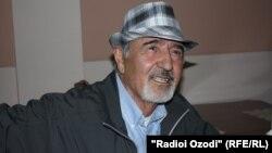 Таджикский поэт и бывший оппозиционер Бозор Собир.