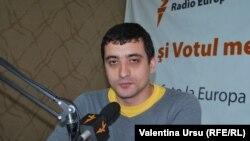 George Simion, în studioul Europei Libere, în februarie 2015