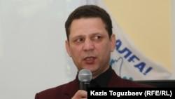 Қостанайлық оппозициялық белсенді Игорь Колов. Алматы, 19 қаңтар 2011 жыл.