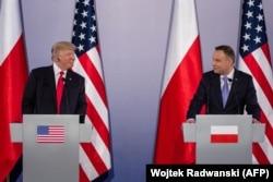 АҚШ және Польша президенттерінің біріккен баспасөз мәслихаты.