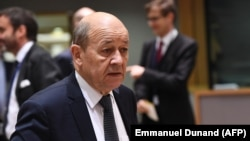 French Foreign Minister Jean-Yves Le Drian is scheduled to meet Iranian leaders in Tehran on March 5.