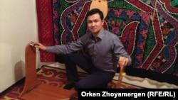 Серикбол Шаймардан, изобретатель Smart Бесика. Астана, 4 января 2014 года.
